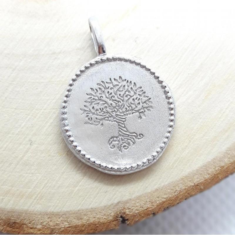 Pendentif médaille Arbre Monde Yggdrasil argent