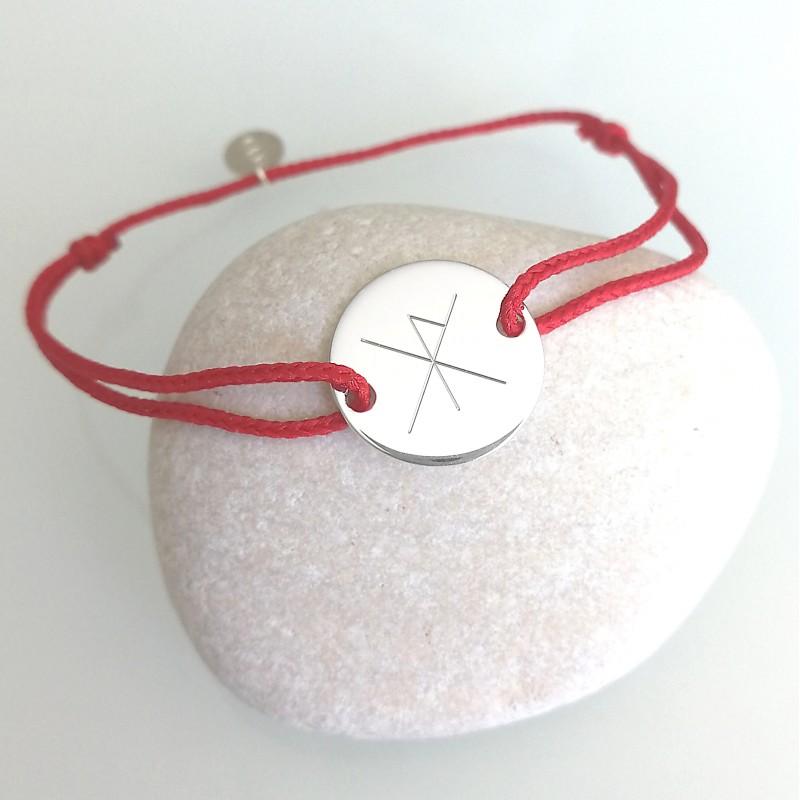 Bracelet personnalisé gravé avec rune cordon pastille argent 15 mm