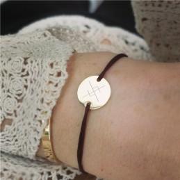 Bracelet gravé rune viking symbole scandinave plaqué or cordon