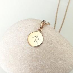 Médaille rune gravée plaqué or 10 mm