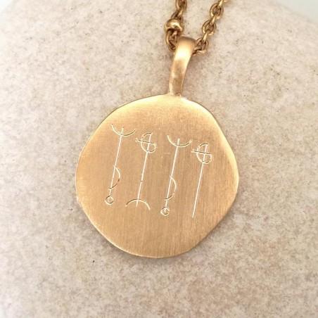 Médaille talisman personnalisé avec symbole viking plaqué or