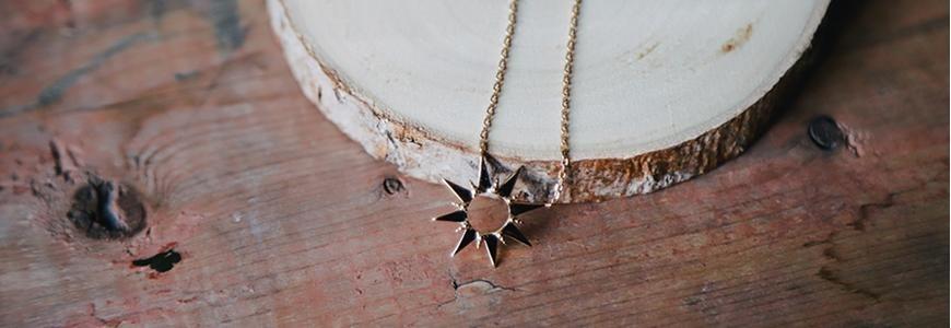 Bijoux astrologiques et célestes