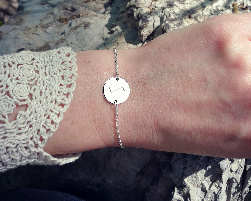 bracelet personnalisé gravé avec rune symbole scandinave celte argent