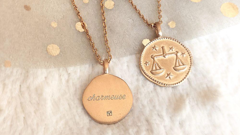 médaille personnalisée signe astrologique